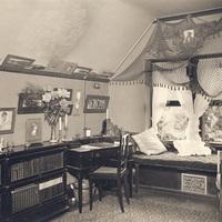 Merion Hall Dorm Room