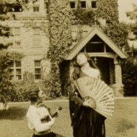 http://brynmawrcollections.org/Images/SSWWI_00137_BMC_f.jpg