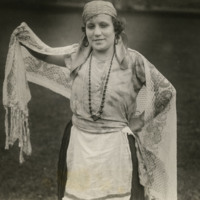 http://brynmawrcollections.org/Images/SSWWI_00061_BMC_f.jpg