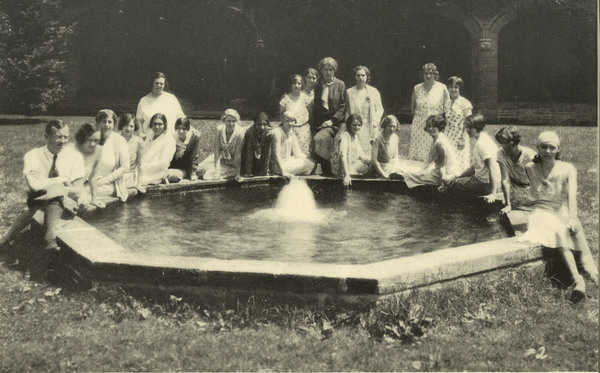 http://brynmawrcollections.org/Images/SSWWI_00190_BMC_f.jpg